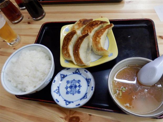 ジャンボ餃子ライス(620円)