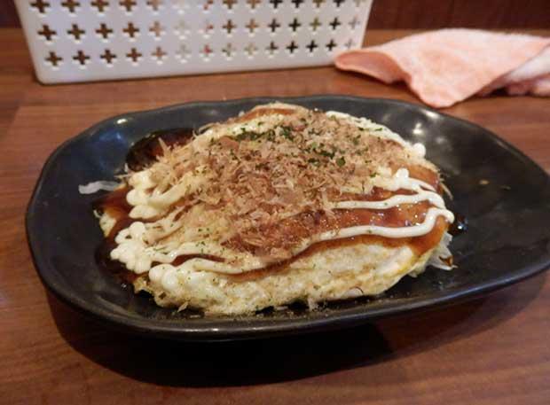 ミニお好み焼き(200円)