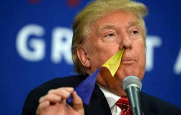 トランプさんの鼻から旗が続々と(笑)